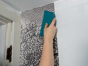 نحوه نصب کاغذ دیواری