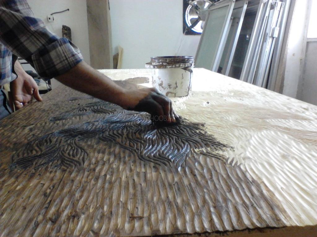 نحوه رنگ کردن درب چوبی